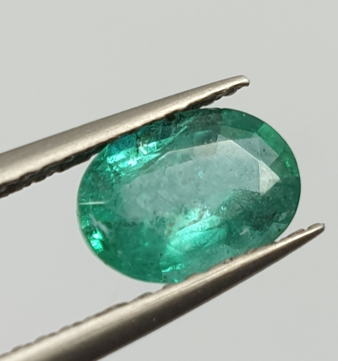 0.91ct Emerald Oval 7.9x5.6mm(SKU187)