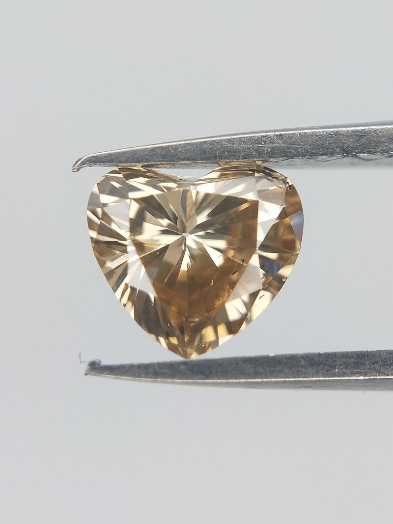 Light Orange Diamond , Heart brilliant cut, 0.32 cts