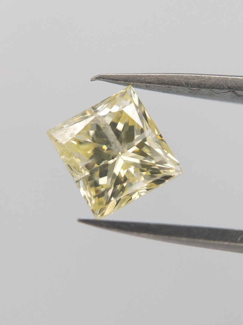 0.64 cts , Loose Natural Diamond , Princess Cut