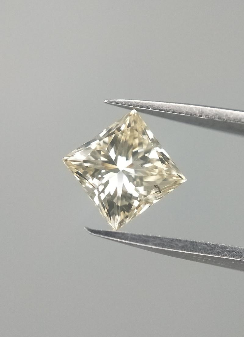 0.51 cts , Natural  Princess Diamond