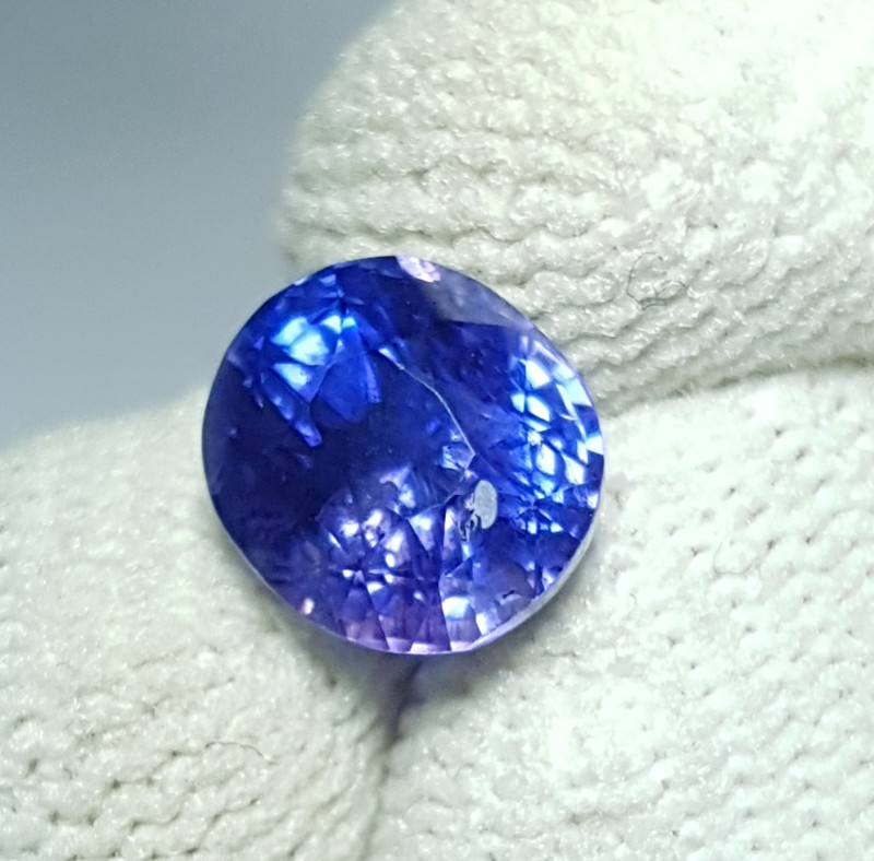 CERTIFIED 2.55 CTS NATURAL STUNNING CORNFLOWER BLUE SAPPHIRE SRI LANKA