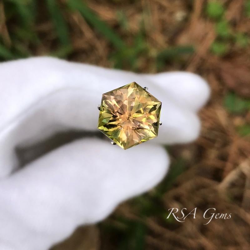 Hexagonal Tourmaline - 5,49 carats