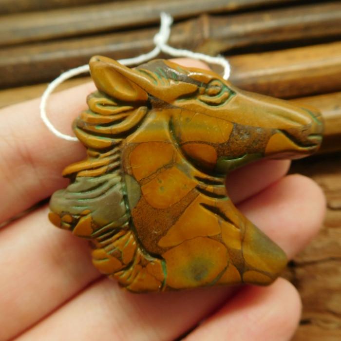 Bamboo jasper carved horse pendant (G1853)