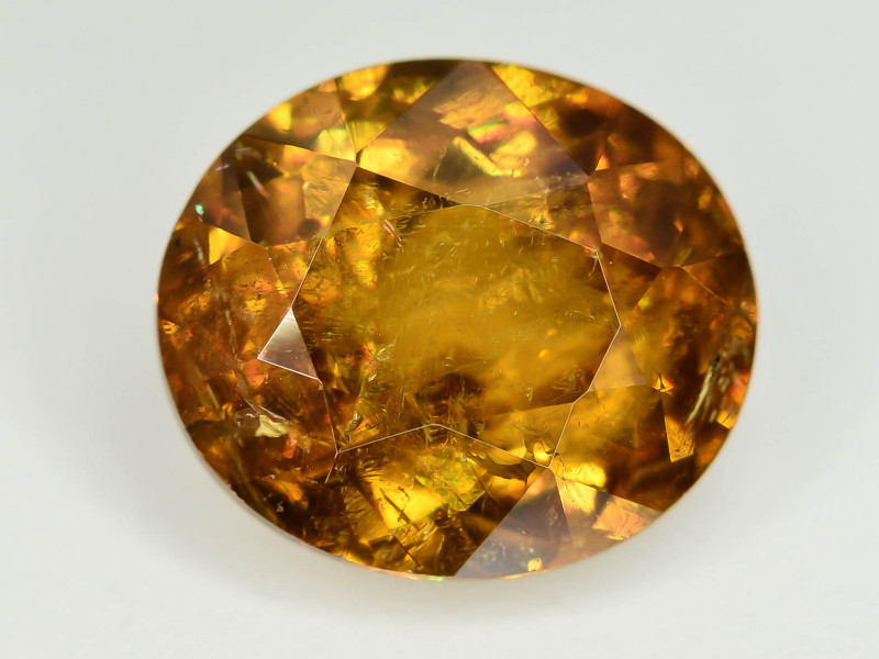 Rare AAA Fire 4.24 ct Sphene