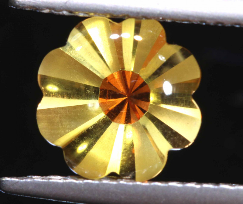 1.75 CTS -CITRINE FLOWER CARVING    LG-12