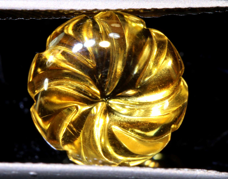 4.60 CTS -CITRINE FLOWER CARVING  LG-35