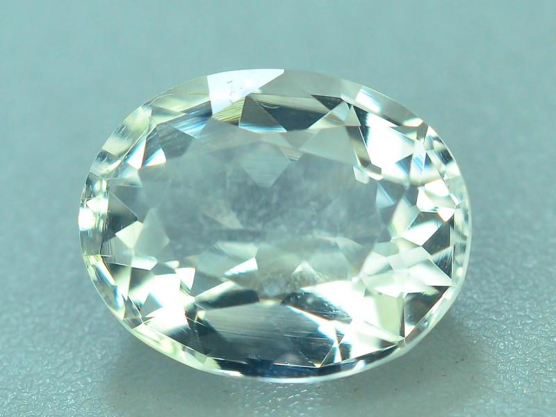 Rare Petalite 2.00 ct VVS  Collector Gem`s