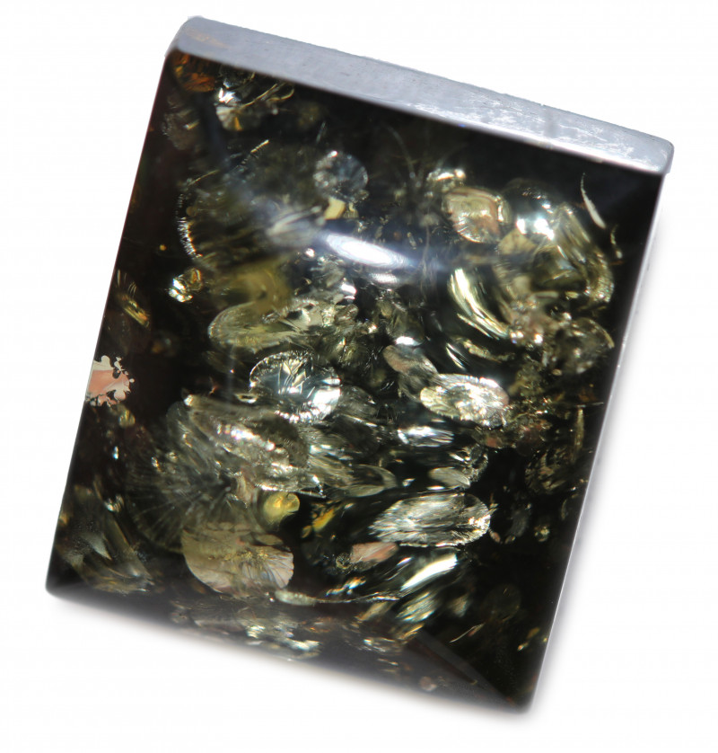 24 Cts  Green Amber Gemstones    AM 1721