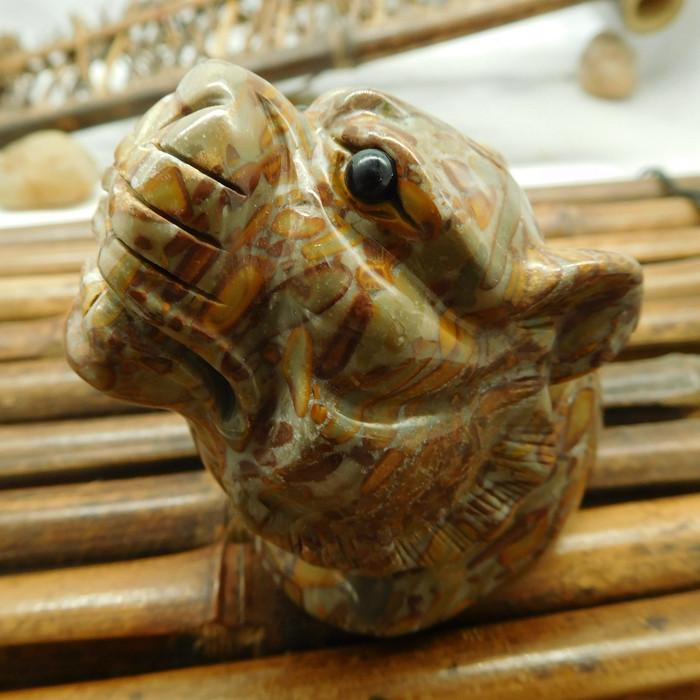 Bamboo jasper carved Leopard ornament  (D089)