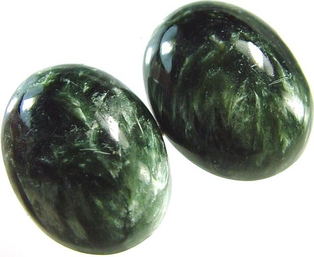 SERAPHINITE PAIR- LEAFY PATTERN 19 CTS [ST3955 ]