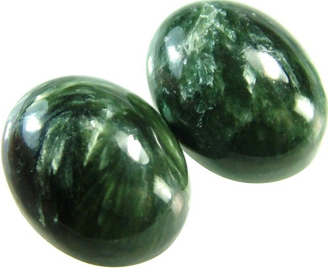 SERAPHINITE PAIR- LEAFY PATTERN 18 CTS [ST3962 ]