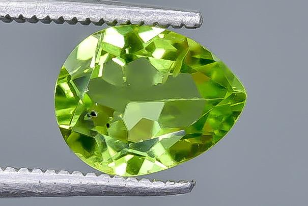 1.98 Crt Peridot Faceted Gemstone (Rk-20)