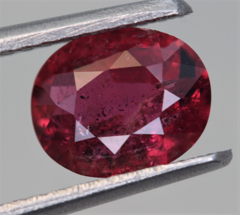 IGA Certified 1.30 Carats Natural Ruby Gemstone
