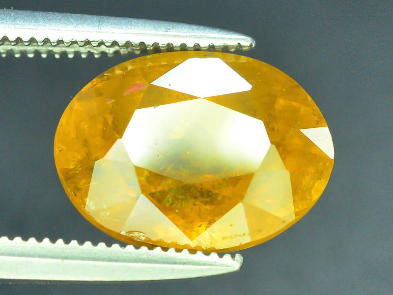 AAA Brilliance 3.85 ct Sphene~K