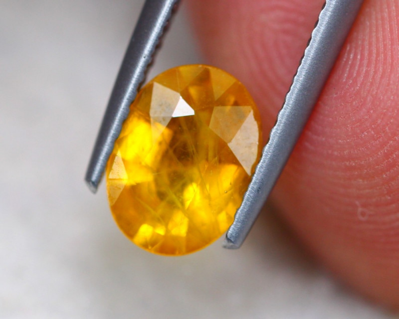 1.73ct Natural Yellow Sapphire Oval Cut Lot GW7480