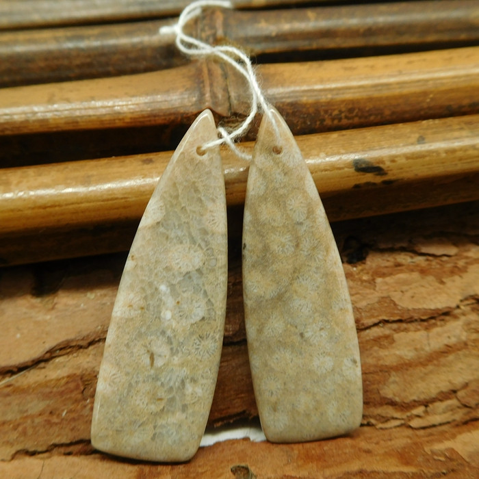 Gemstone coral jasper earring bead (G1874)