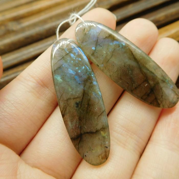 Natural labradorite earring bead (G1889)