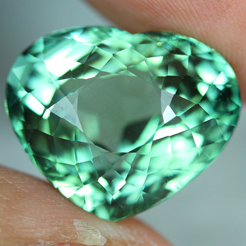 15.39 CT CERTIFIED  Copper Bearing Mozambique Paraiba Tourmaline-PR818