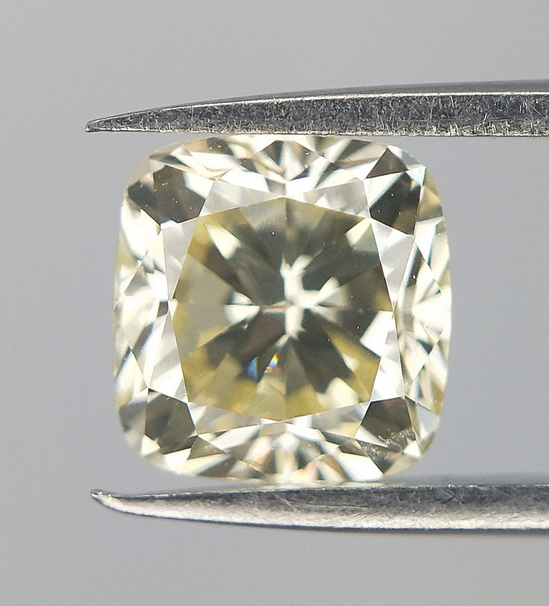0.52 cts , Very Light Yellow Cushion Diamond , Light Color Diamond