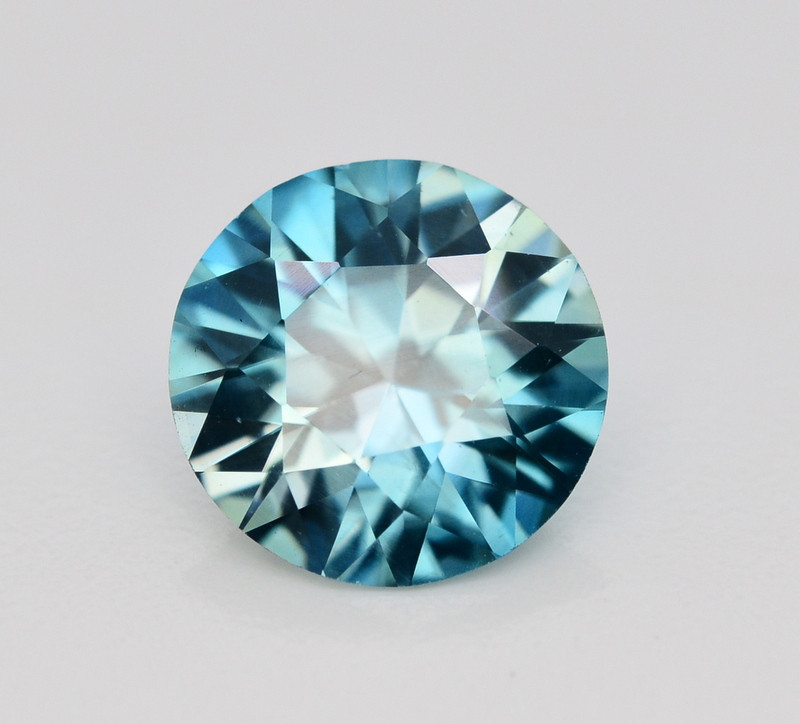 4.70 Ct Gorgeous Color Natural Vibrant Blue Zircon