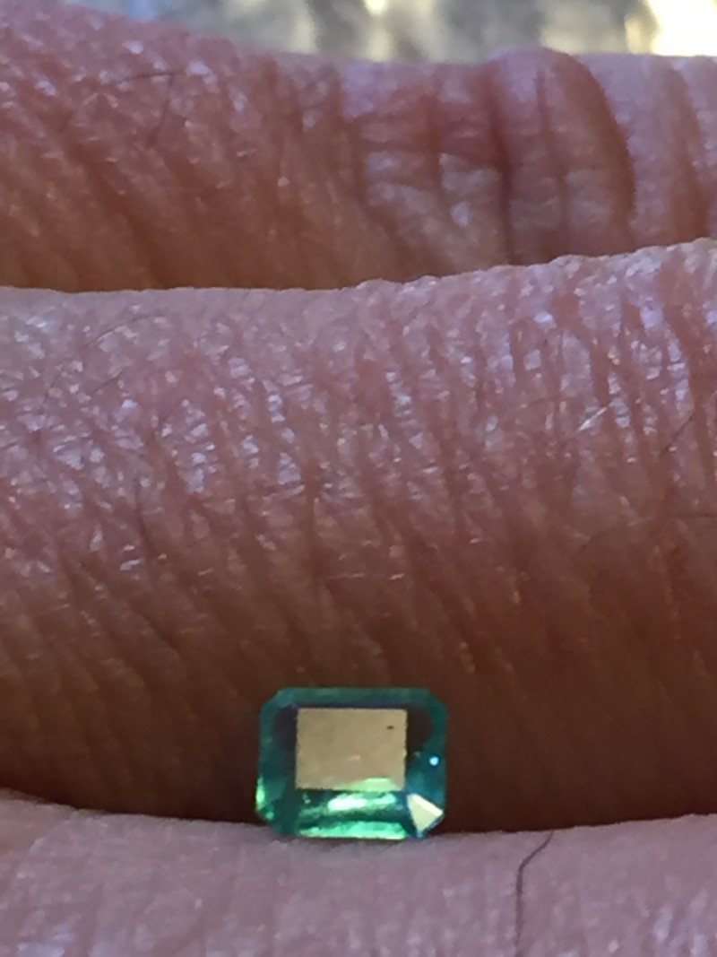 0,38ct Colombian Emeralds Ref 17/170 Colombian Natural Emerald Colombian Na