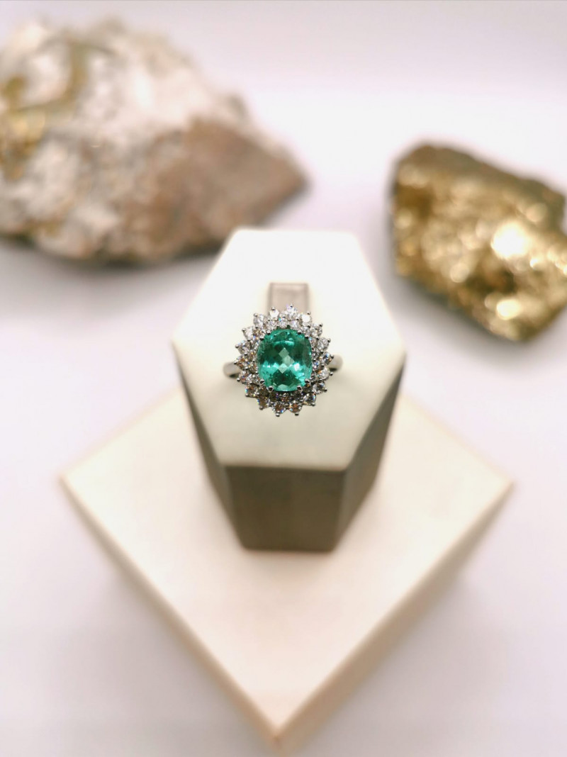 2,30ct Colombian Emerald 18k Solid Gold Ring with Diamonds 22/76