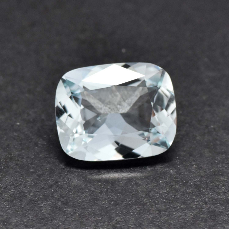 2.17cts Sea Blue Aquamarine (RAQ55)