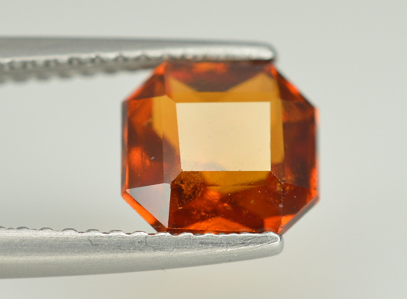 Superb Color 2.10 Ct Natural Hessonite Garnet. RA