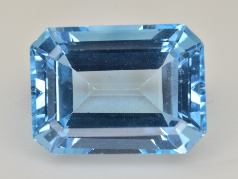 Natural Blue Topaz  14.30 Cts Top Quality Gemstone