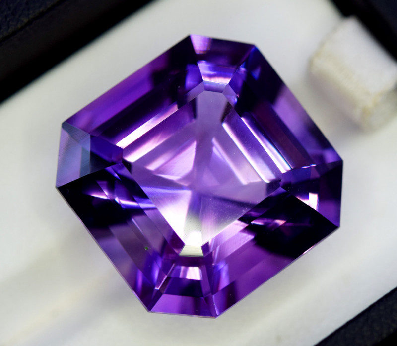 Amethyst, 30.20 Cts Natural Top Color & Cut Amethyst Gemstones