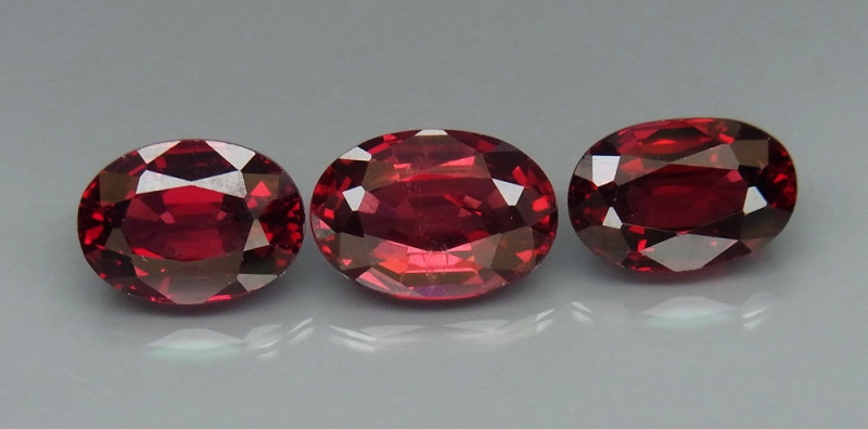 7.59  ct. Natural Red Rhodolite Garnet Africa - 3 Pcs