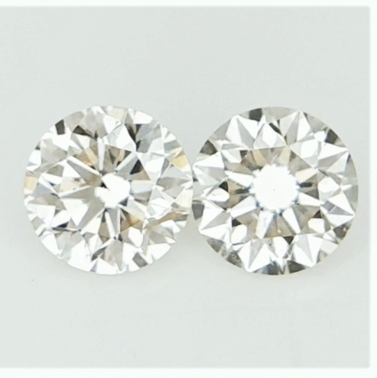 0.305 ct , Pair Round Diamonds , Light Color Diamonds , WR1223