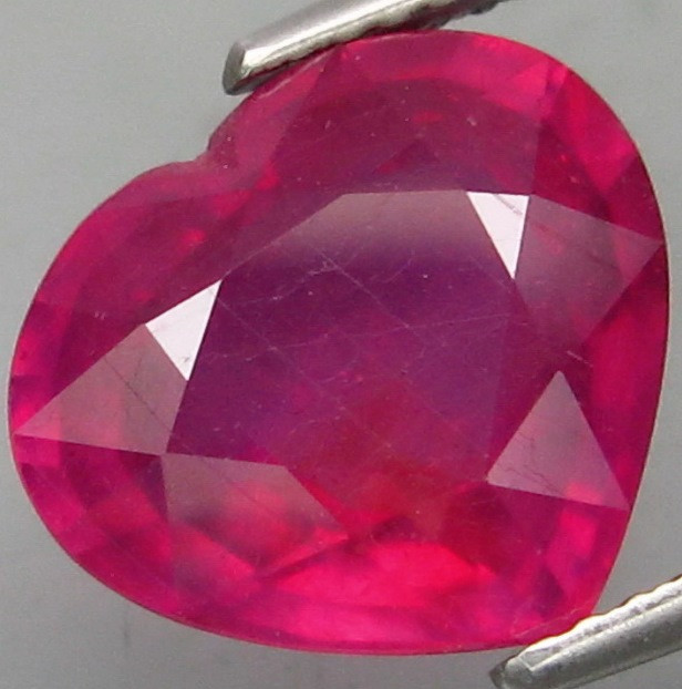 5.50 Cts . Top Quality Natural  Ruby   Winza Tanzania Gem
