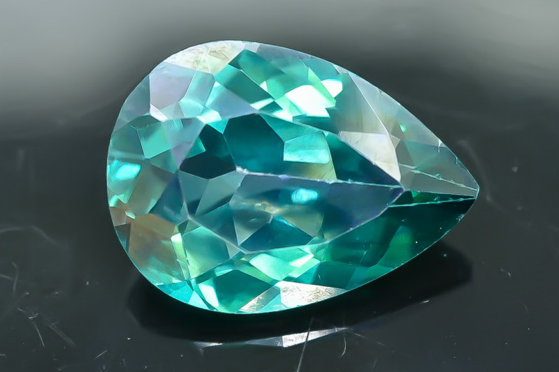 12.79 Crt Natural Topaz Faceted Gemstone.( AB 53)
