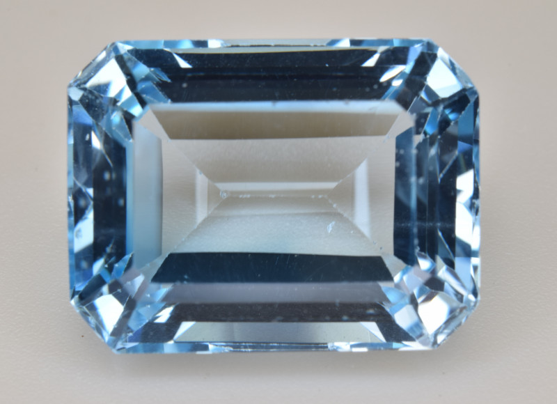 Natural Blue Topaz  15.08 Cts Top Quality Gemstone