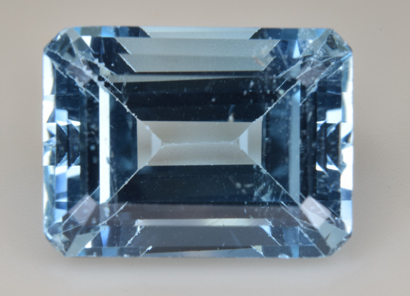 Natural Blue Topaz  15.86 Cts Top Quality Gemstone