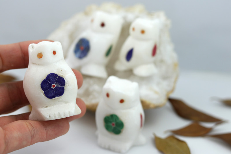 Cute OWL family marble Gemstone carvings Bu 2652
