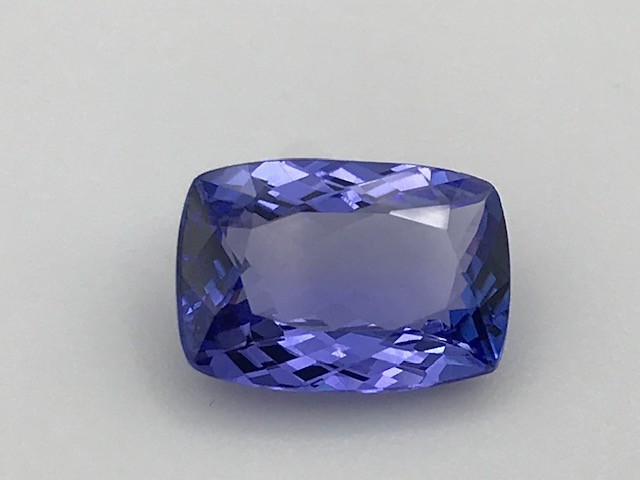 Tanzanite 5.84Ct Natural Flawless Violet Blue Tanzanite VJ015