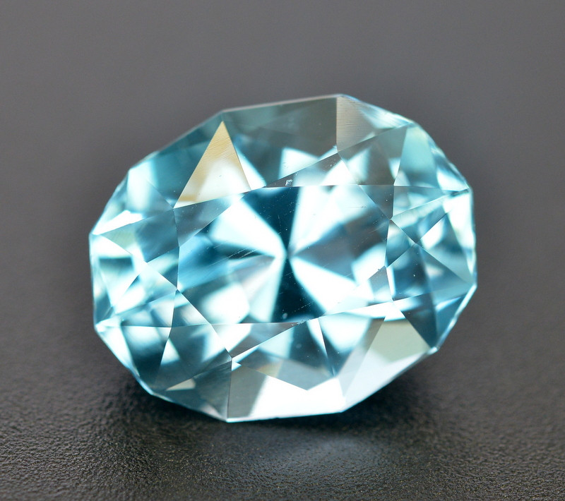 10.55  Ct Amazing Color Natural Blue Topaz ~ Swiss