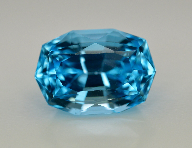11.80 Ct Amazing Color Natural Blue Topaz ~ Swiss