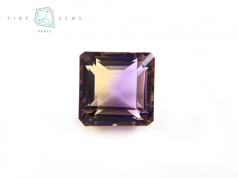 6.74 carats Natural Ametrine Gemstone Octa cut