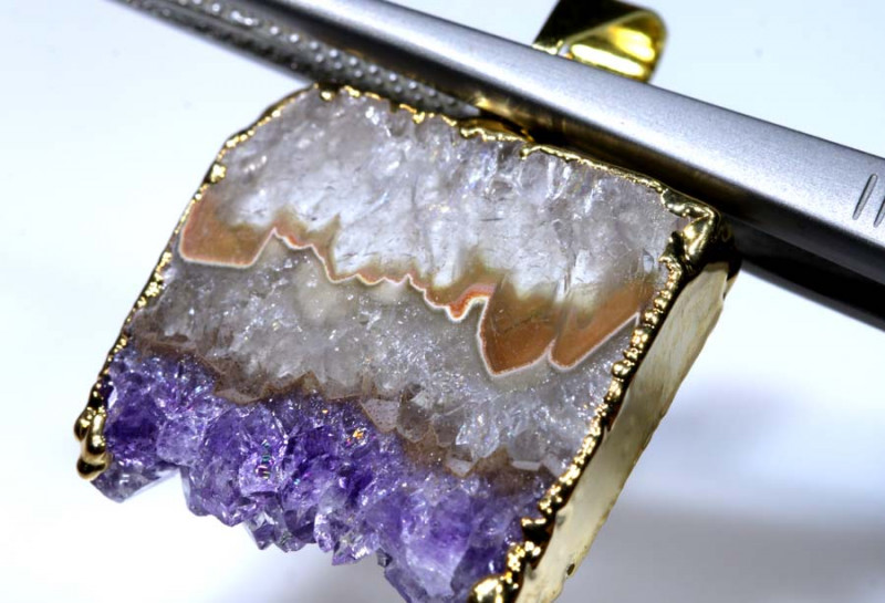 23.25 CTS AMETHYST CRYSTAL GOLD PLATED PENDANT SG-3522