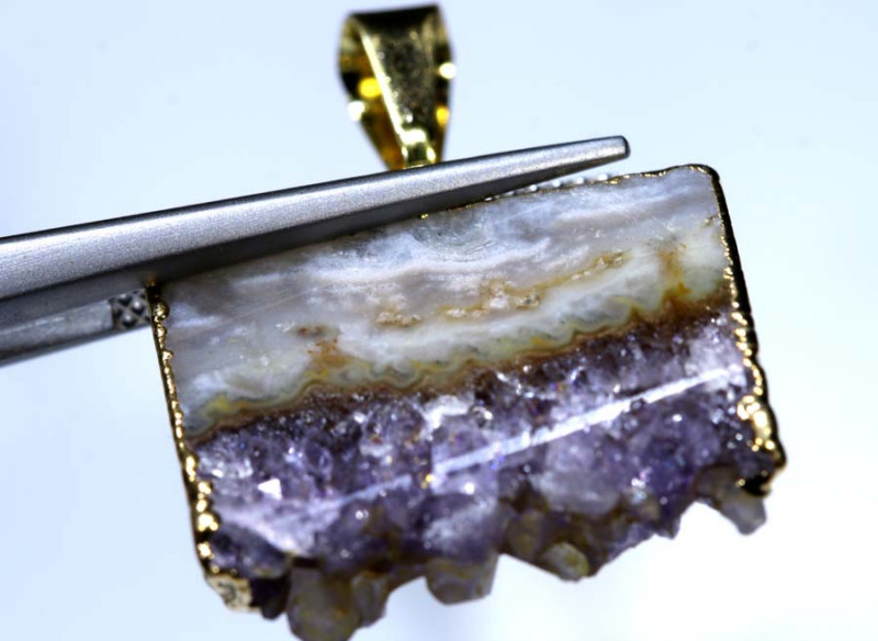 21 CTS AMETHYST CRYSTAL GOLD PLATED PENDANT SG-3536