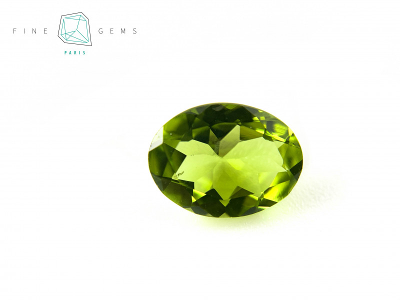 1.81 carats Natural Peridot Gemstone Oval cut