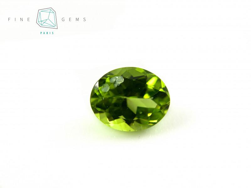 2.77 carats Natural Peridot Gemstone Oval Mixed cut