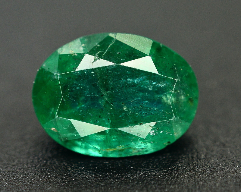 1.90 Ct Brilliant Color Natural Zambian Emerald