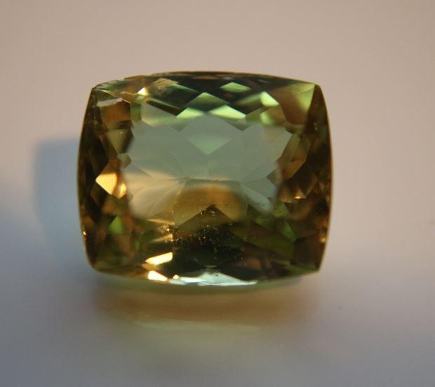 Green Yellow Kunzite 14.10ct