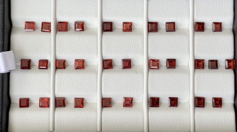 14 Carats Rhodolite Garnet  Gemstones Parcel