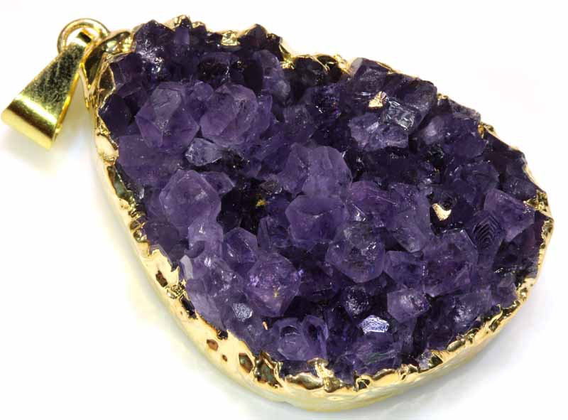62.85 CTS AMETHYST CRYSTAL GOLD PLATED PENDANT SG-3540