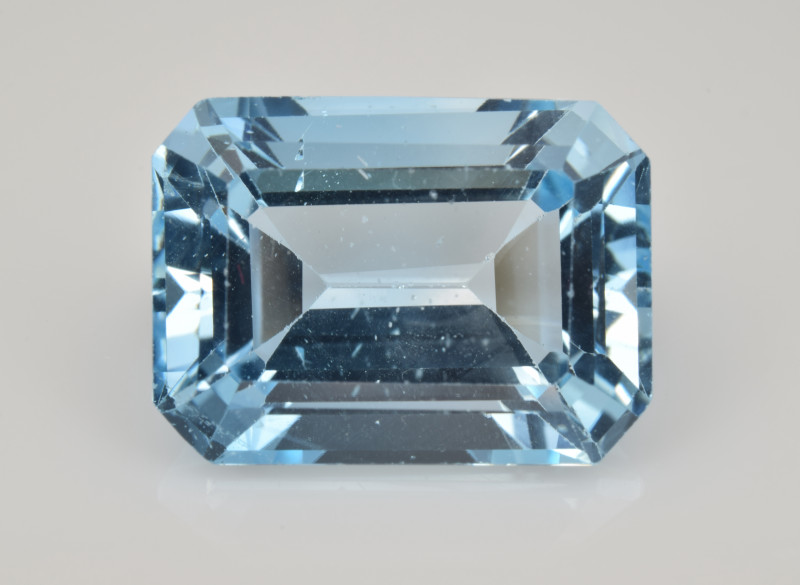 Natural Sky Blue Topaz 13.64 Cts Good Luster